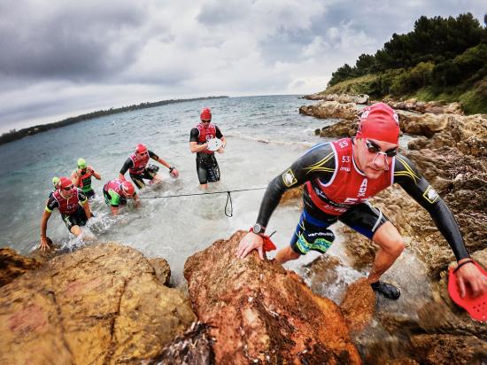 Racing Swimrun ÖTILLÖ Cannes