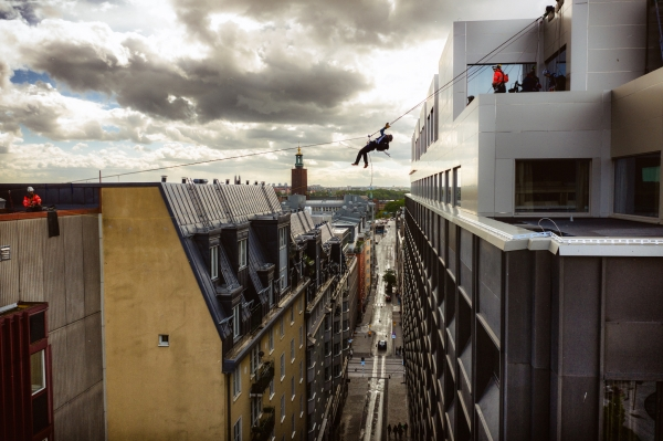 Rooftop Traverse to the finish line