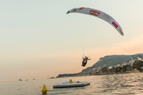 Paul Guschlbauer (AUT1) during his symbolic last flight to the landing float in Monaco
